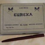 Caja de lacre para cartas y encomiendas. Ferrocarril Trasandino / Sealing wax box for letters and parcels. Trasandino Railway