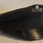 Gorra de paño perteneciente a un ayudante de estación. Ferrocarril Trasandino / Cloth hat. Belonging to a station assistant. Trasandino Railway