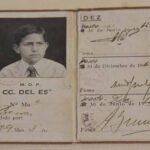 Carnet de abono o pase, año 1940. Perteneció al hijo de un empleado ferroviario / Railway card or pass, year 1940. It belonged to the son of a railway employee