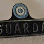 Insignia de guarda. Metal Pintado / Guard Badge. Painted Metal