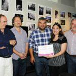De izquierda a derecha, Daniel Barraco, Ernesto Segura, Marcelo Nardechia, Diego Gareca y Humberto Mingorance con Marcela Cruz García
